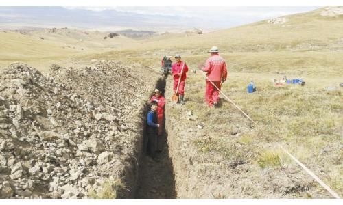 新疆远山公司在吉尔吉斯斯坦找矿获新发现